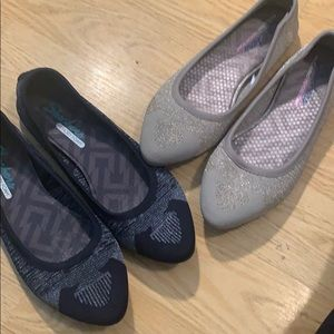 2 Pair Sketchers Flats in Perfect Condition!